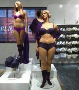 curvy mannequin